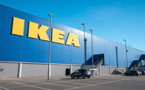 Ainakin Espoon Ikea-myymälä vetää puoleensa lähiaikoina synnyttäviä naisia. Kuvituskuva.