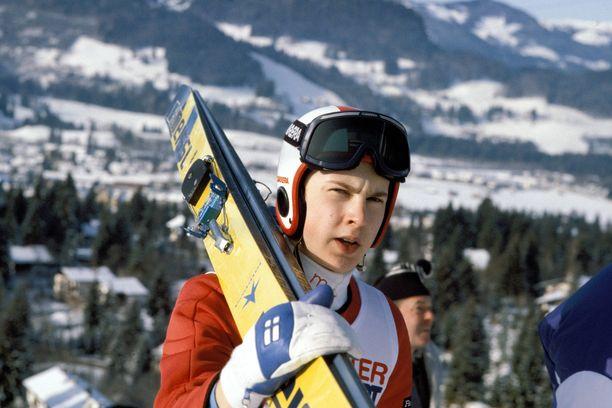 Matti Nykänen hyppäsi maailmanmestariksi jo 18-vuotiaana. Kuva vuodelta 1982.