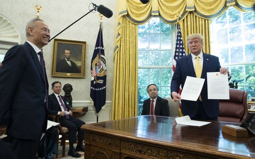 Yhdysvallat lopettaa Kiinan syyttämisen valuutan manipuloinnista – kauppasovun ensimmäinen vaihe määrä allekirjoittaa keskiviikkona