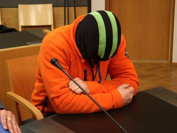 Osmo Tapani Kujala tuomittiin kahdesta murhasta elinkautiseen vankeuteen.