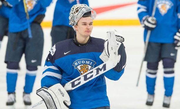 Kaapo Kähkönen loisti Suomen maalilla Ruotsia vastaan.