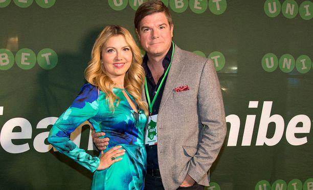 Jenni Alexandrova ja Jussi Heikelä tapasivat yhteisen radio-ohjelman myötä.