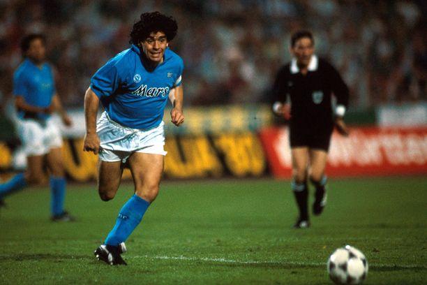 Diego Maradona on San Paolon jumala.