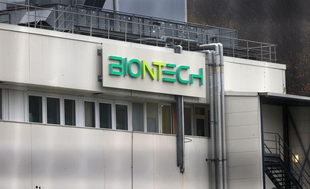 Saksalainen BioNTech on kehittänyt rokotetta yhdessä yhdysvaltalaisen Pfizerin kanssa.