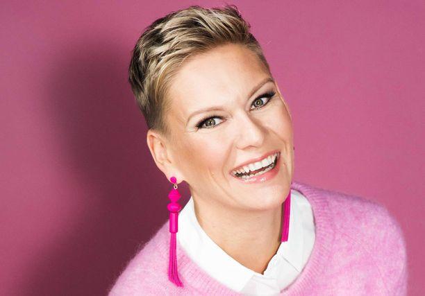 Heidi Sohlberg on yksi illan vieraista, jotka kertovat omakohtaisista kokemuksistaan syövän kanssa.