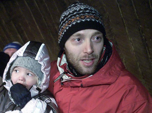 Mika Myllylän hiihtouraa seurasi koko perhe.