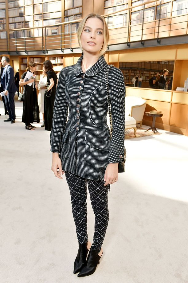 Näyttelijä Margot Robbien Chanel-tyyli on ihana kaikessa modernissa konservatiivisuudessaan.
