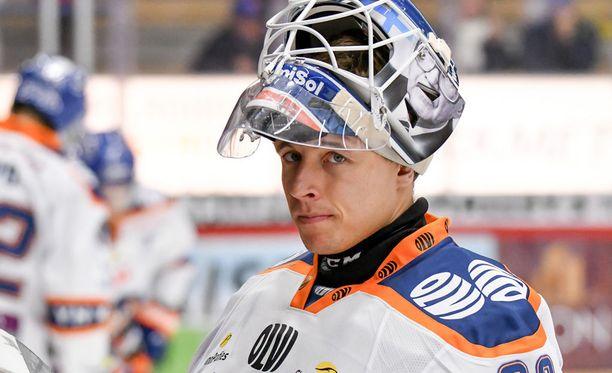 Christian Heljanko ei päästänyt maaliakaan Liiga-debyytissään.