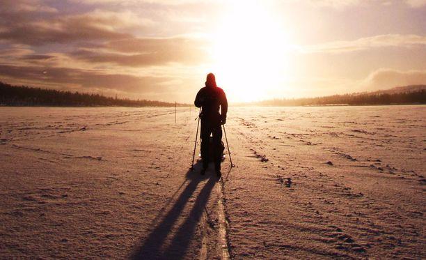 Talvellakin on hyvä liikkua ulkona. Etsi siis laji, josta nautit!