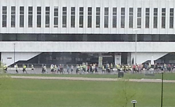 Juoksijat valtasivat Helsingin lauantaina.