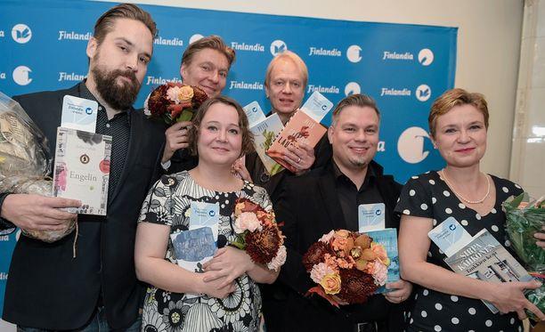 Kaunokirjallisuuden Finlandiasta kisaa tänä vuonna kuusi kirjailijaa.