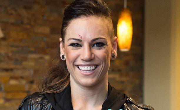 Eva Wahlström kohtaa seuraavaksi kenialaisen Everline Oderon.