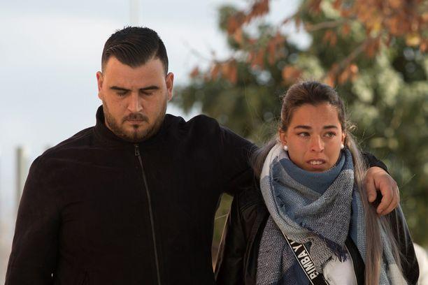 Julenin vanhemmat Jose Rosello ja Vicky Garcia ovat menettäneet kaksi lasta.