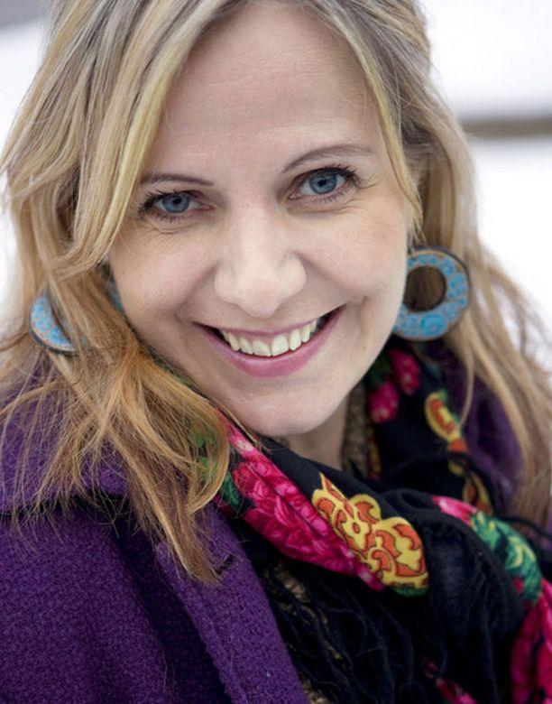 Susan Ruusunen totesi taannoin todella ansaitseensa silikonirintansa.