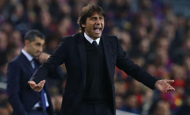 Antonio Conte haluaa nostaa Chelsean vielä ensi kauden Mestarien liigaan.