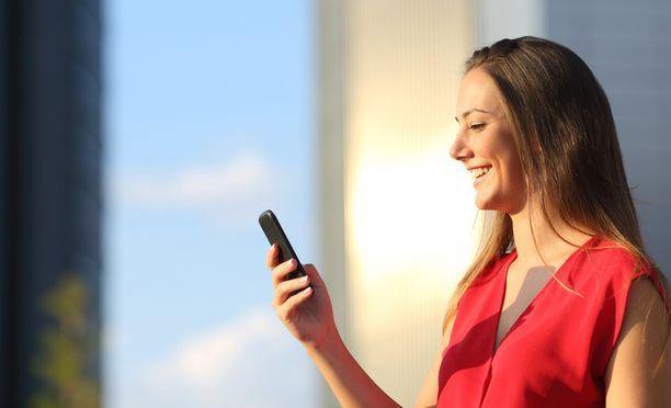 Mobiililaskujen maksaminen onnistuu missä ja milloin vain - tarvitset vain puhelimen ja Clark-sovelluksen.