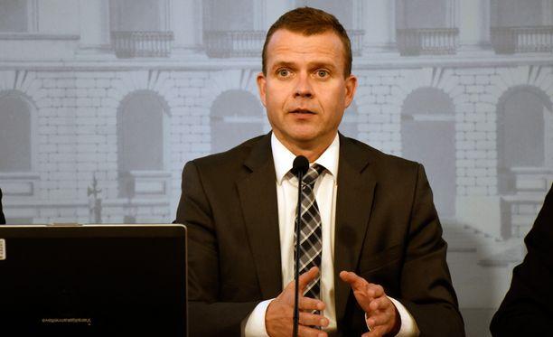 Petteri Orpon mukaan lakiuudistuksen tarkoituksena on saada tietoa myös Suomen valtioon kohdistuvasta vakoilusta.