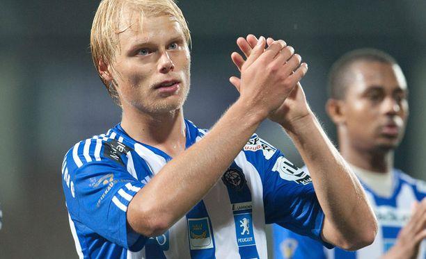 Timi Lahti vakuutti HJK:n valmennuksen ja seurajohdon.