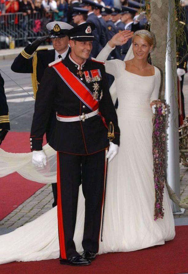 Haakon ja Mette-Marit avioituivat vuonna 2001.
