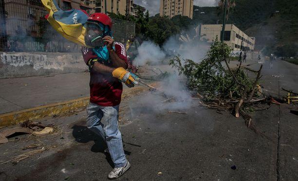 Venezuela mielenosoituksissa on jälleen kuollut yksi ihminen.