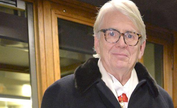 Lasse Lehtinen tapasi kuningattaren pikaisesti Lontoossa diplomaattina työskennellessään.