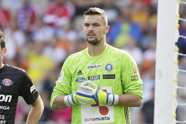 HJK:n maalivahdin Maksim Rudakovin virhe maksoi paljon Kokkolassa.
