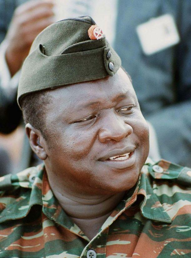 Tässä on Idi Aminista vuonna 1975 otettu kuva.