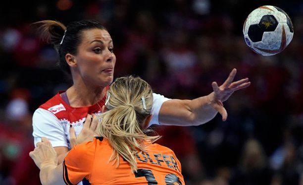Nora Mörk (vas.) on joutunut todella ikävään tilanteeseen.