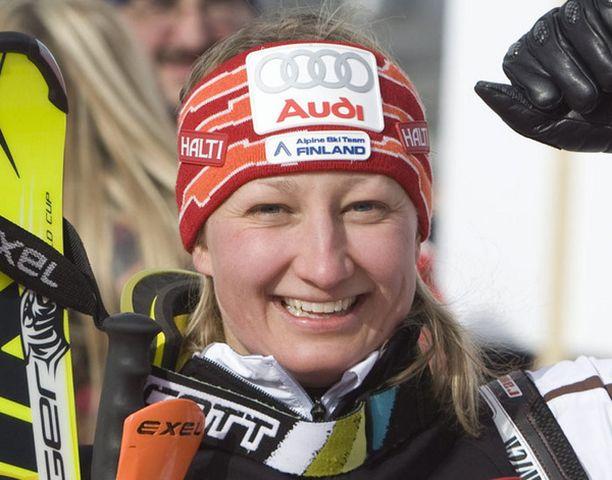 Tanja Poutiainen pokkasi kultaa ylivoimaisesti.