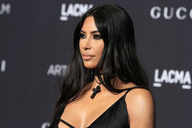 Kim Kardashian on kommentoinut parisuhdetta.