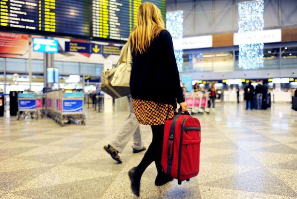 Reissun aloittamisella keskellä viikkoa saattaa säästää lentolipun hinnassa paljonkin.