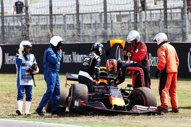 F1-floppikuskiksi kutsuttu Pierre Gasly ajoi ulos.
