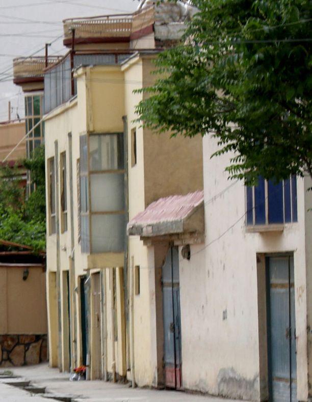 Tässä kaksikerroksisessa talossa kaksoismurha ja sieppaus tapahtuivat.
