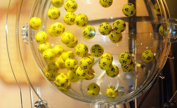 70-vuotias lottomiljonääri ei pystynyt hahmottamaan voiton suuruutta.
