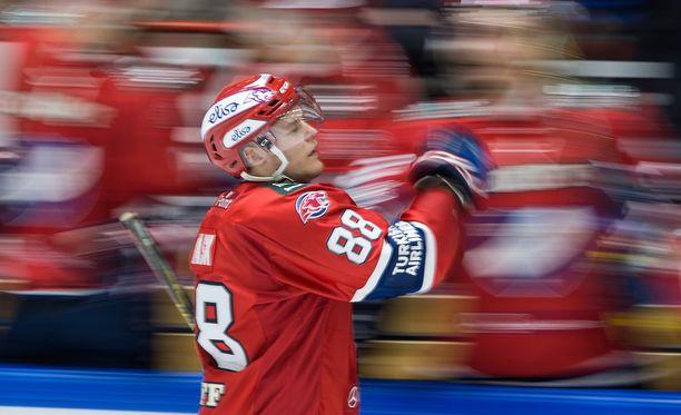 Joonas Rask jatkaa liigauraansa Helsingissä.