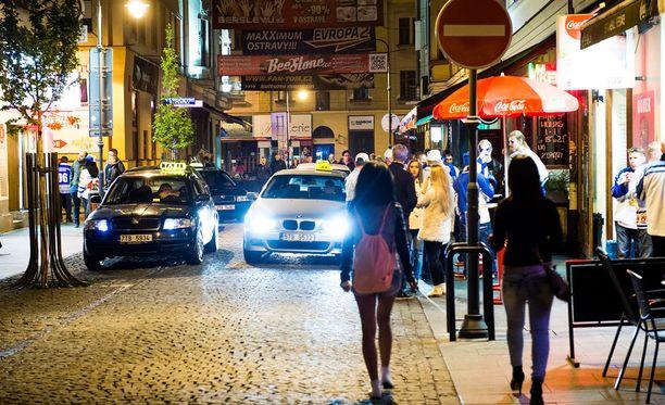 Syntinen viihdekatu Stodolni sijaitsee Ostravan ytimessä.