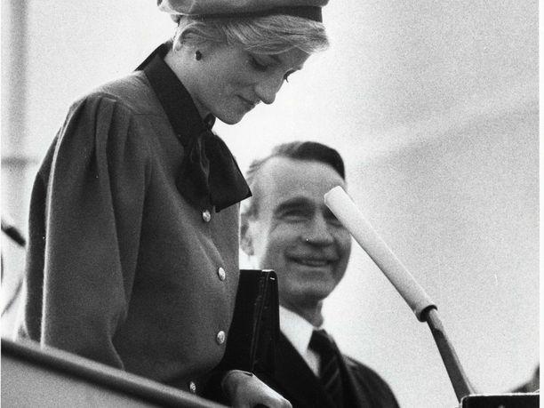 Presidentti Mauno Koivisto teki valtiovierailun Englantiin marraskuussa 1984. Koivisto puolisoineen oli läsnä, kun Suomessa rakennettu loistoristeilijä Royal Princess kastettiin Southamptonissa.