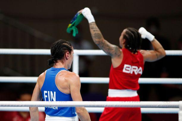 Mira Potkosen uran toisen olympiamitalin väriksi varmistui pronssi, kun Beatriz Ferreira julistettiin voittajaksi.