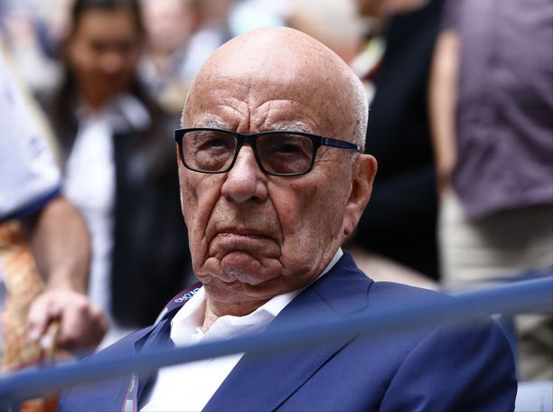 Rupert Murdoch on talouslehti Forbesin mukaan maailman 90. rikkain ja 35. vaikutusvaltaisin ihminen.