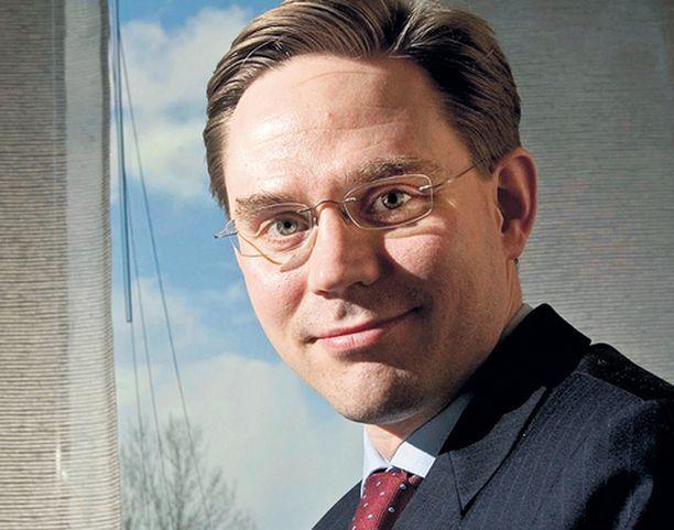 Valtiovarainministeri Jyrki Katainen voisi leikata suhdannehuippua tulevaisuuden ja hoitajien hyväksi. Riittääkö rohkeus?