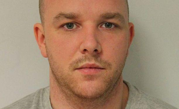 Derry McCann oli istunut pitkän tuomion aikaisemmasta vuonna 2006 tekemästään raiskauksesta.