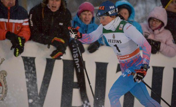 Krista Pärmäkoski oli viides Rukan perinteisen hiihtotavan sprintissä.