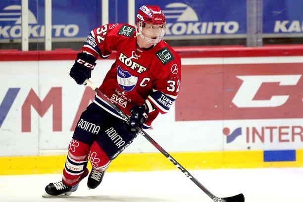 Lennart Petrellin HIFK kävi kurmuuttamassa Ässiä.