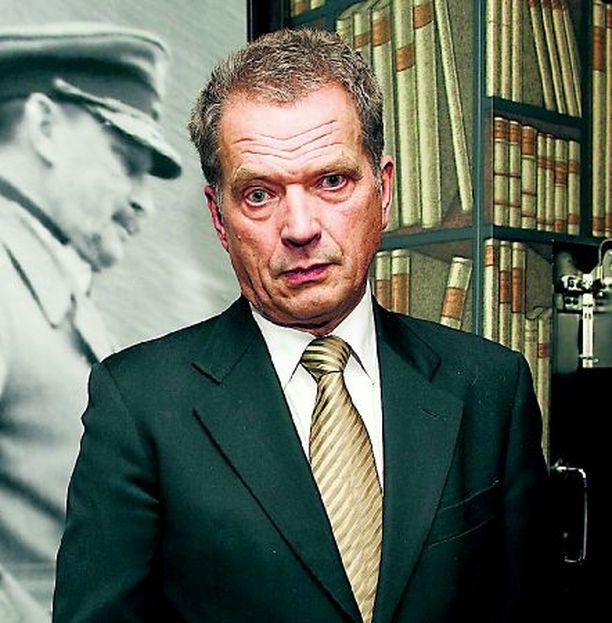 Puhemies Sauli Niinistön kannattaa vauhdittaa eduskuntatyön uudistamista.