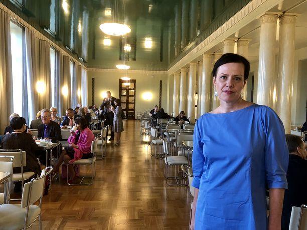 Maarit Feldt-Ranta sanoo odottavansa kiinnostuksella, miten Timo Soini kommentoi aborttiasiaa ensi viikolla, kun hän edustaa Suomea YK:n yleiskokouksessa New Yorkissa.
