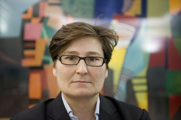 Handelsbankenin pääekonomisti Tiina Helenius seuraa huolestuneena Saksan talouskehitystä.