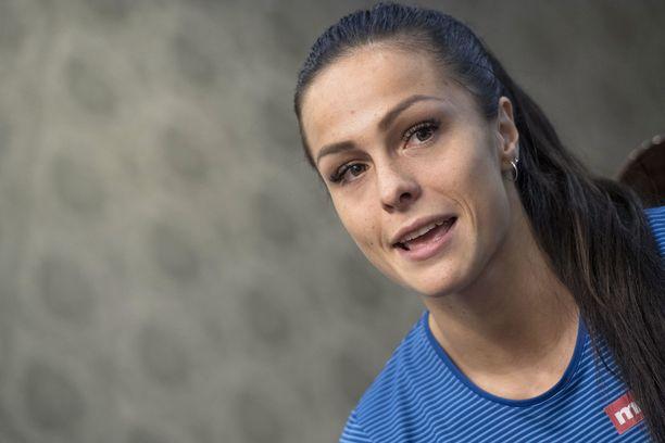 Maria Huntington perusti alkuvuodesta akatemian auttamaan vähävaraisista perheistä tulevia junioriurheilijoita.