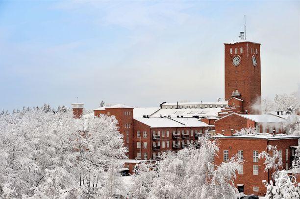 Littoisten verkatehtaan kellotornista näkyy Kaarinaan, Raisioon ja Turkuun saakka.