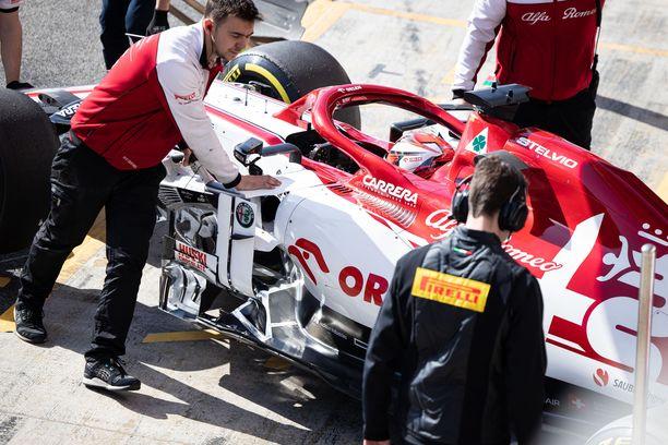 Kimi Räikkönen jäi tuloslistan hännille, vaikka Alfa Romeo pesi kaikki muut suoranopeudellaan.