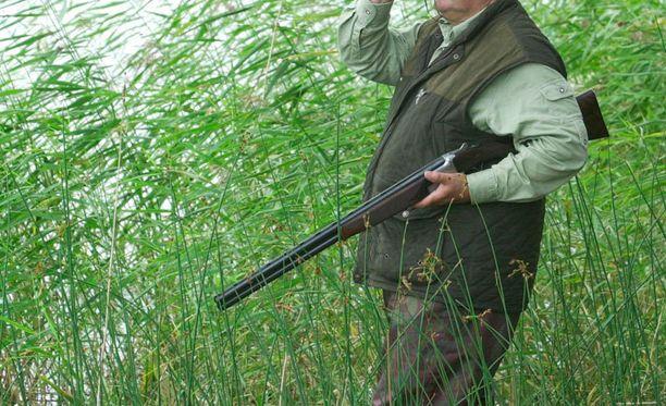 Metsästäjien keskuudessa on noussut pieni huoli harrastuksen puolesta.